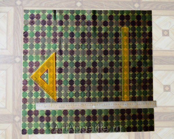 22c5c395aa46cb0d1f42c5c Как украсить коробку тканью своими руками. Как обклеить коробку тканью мастер-класс